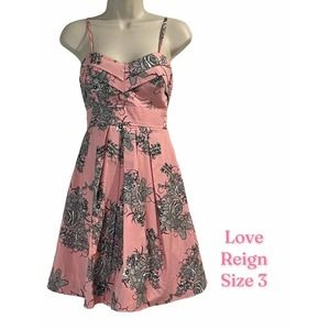 Love Reign Fit & Flare dress, pink, Size 3 Juniors